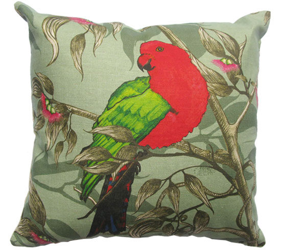 kingparrotcushion